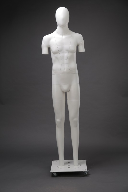 манекен с головой без рук